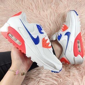 New Nike Women's Air Max 90